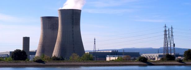 Nucléaire au-delà de 40 ans : Ségolène Royal relance le débat