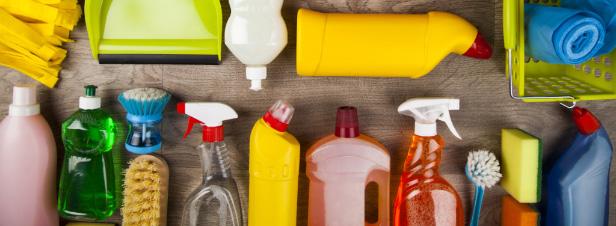 Cinquante-cinq entreprises s'engagent à utiliser plus de plastique recyclé