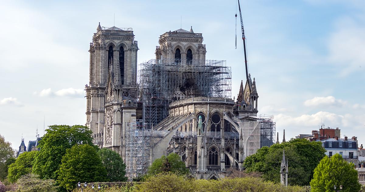 Reconstruction de Notre-Dame de Paris: la loi est définitivement adoptée