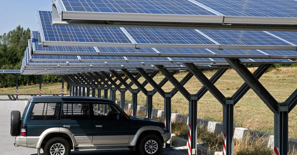 Photovoltaïque: un projet d'arrêté encadre l'équipement des nouvelles toitures commerciales