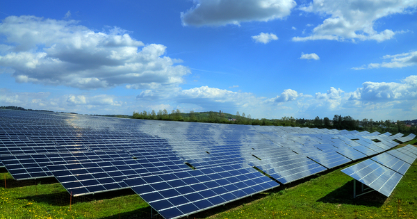 Photovoltaïque: le Gouvernement veut s'attaquer aux rentes constituées avant le moratoire de 2010