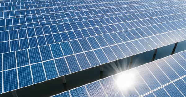 Photovoltaïque: le Gouvernement entend récupérer 300 à 400 M€ par an en renégociant les contrats d'avant 2010