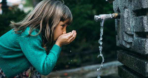 Nitrates dans l'eau potable: la Commission européenne met la France en demeure