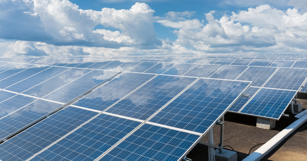 Photovoltaïque: la renégociation des anciens tarifs d'achat soumise à l'examen des députés