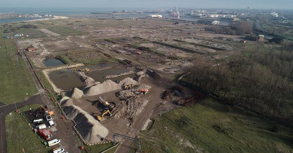 Ancienne raffinerie de Dunkerque: la dépollution du site s'accélère