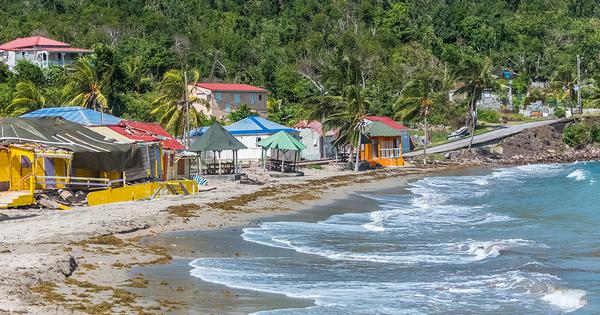 Outre-mer: l'État prépare une règlementation para-cyclonique appliquée aux constructions