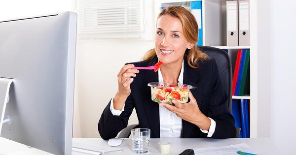 Covid-19 et entreprises: télétravail et paniers-repas au menu