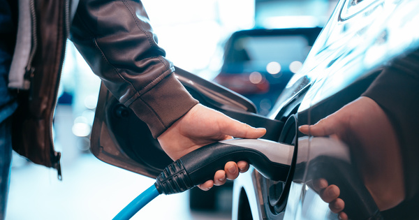 Europe: les voitures électriques moins chères que les thermiques dès 2027?