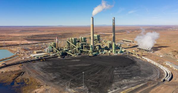 Électricité au charbon: les pays du G7 annoncent l'arrêt de leurs aides à l'international d'ici fin 2021