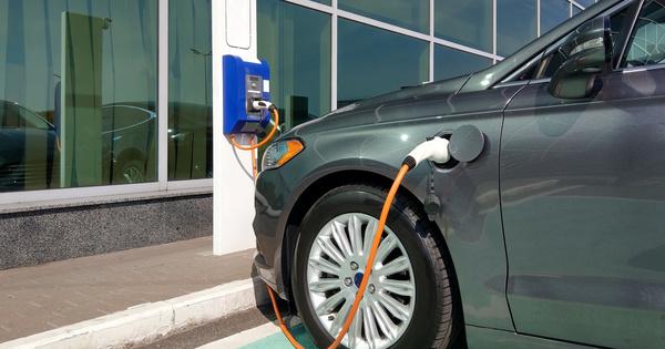Bornes de recharge électrique dans les bâtiments: la SBA lance «R2S 4 Mobility»