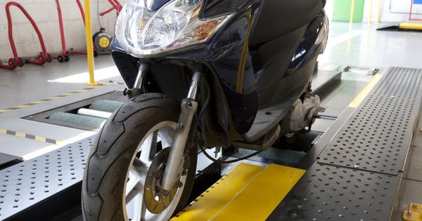 Contrôle technique des deux-roues: le Conseil d'État rejette en référé le recours de Respire