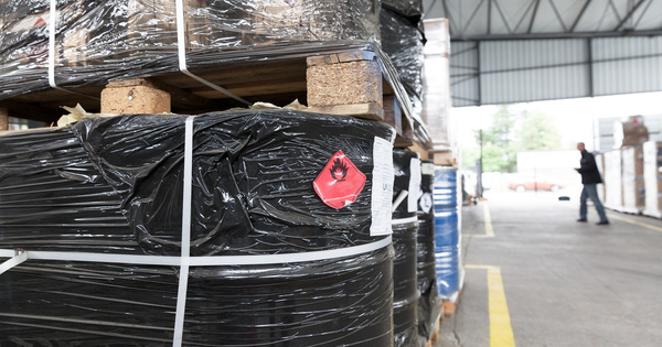 Stockage de liquides inflammables: trois arrêtés ajustent le dispositif post-Lubrizol