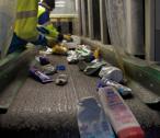 Centres de tri : relever le défi des plastiques