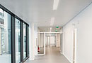ALPHA : plafond métallique acoustique, robuste, pour zones de passage par Plafometal