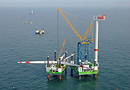 Eolien offshore : solutions de levage et de transport complexes par Sarens France