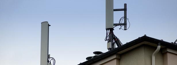 Antennes relais : le Conseil d'Etat encadre de nouveau le principe de précaution