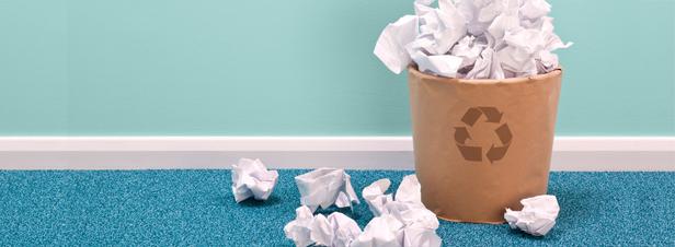 La collecte et le recyclage du papier de bureau à la peine
