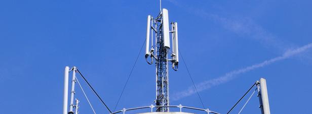 Antennes relais de téléphonie mobile : l'impartialité du Conseil d'Etat remise en cause