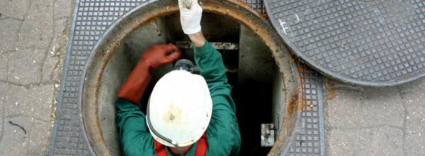 Réseaux d'eau et d'assainissement : un certificat d'aptitude pour travailler en espaces confinés