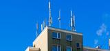 Un rapport met en cause les stratégies municipales de limitation de l'exposition aux ondes électromagnétiques
