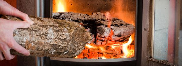 Chauffage au bois : trop d'appareils encore polluants et de faible rendement