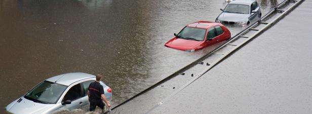 Catastrophes naturelles : le ministère de l'Ecologie peine à évaluer le rôle des changements climatiques