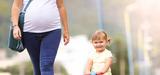 Les femmes enceintes moins exposées à certains polluants environnementaux
