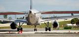 Aviation : un rapport officiel révèle la hausse des émissions polluantes françaises