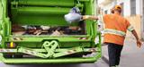 Plaidoyer pour la privatisation du service public de gestion des déchets