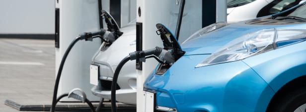 Donner une seconde vie aux batteries des véhicules électriques : un futur marché ?