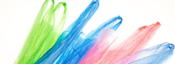 l 39 interdiction des sacs plastique une aubaine pour les industriels fran ais. Black Bedroom Furniture Sets. Home Design Ideas
