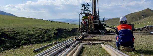 Hydrocarbures: prolongation exceptionnelle de deux permis d'exploration