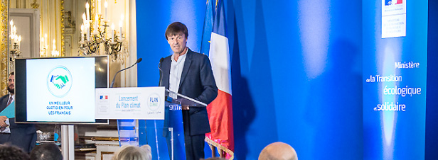 Hulot présente son plan pour engager la France vers la neutralité carbone