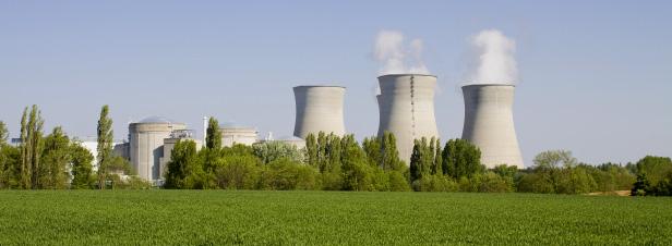 Nucléaire: le long arrêt du réacteur 5 du Bugey