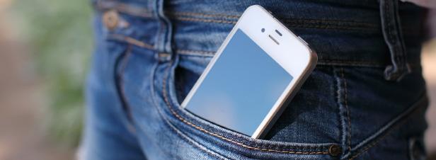 Emissions des téléphones mobiles : le lanceur d'alerte Marc Arazi porte plainte contre l'ANFR