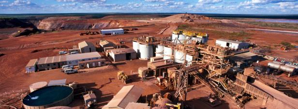 Mine d'or en Guyane : à la recherche des documents du débat public