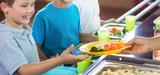 Restauration collective : 50% de produits de qualité dans les repas, dont 20% de bio, en 2022