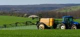 Produits phytosanitaires: en commission, les députés enrichissent le projet de loi agricole