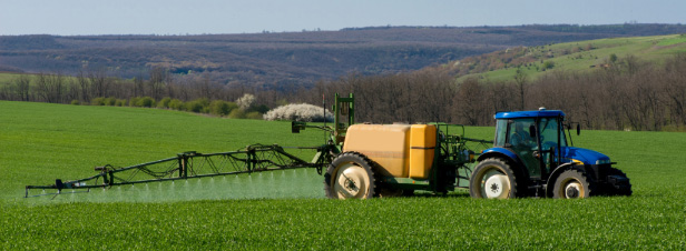 Produits phytosanitaires : en commission, les députés enrichissent le projet de loi agricole