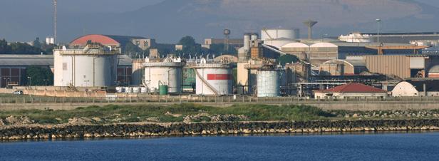Pollution autour de l'étang de Berre : des dérogations injustifiées accordées à ArcelorMittal