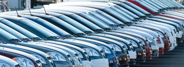 Le Parlement européen veut réduire de 40% les émissions de CO2 des voitures d'ici 2030