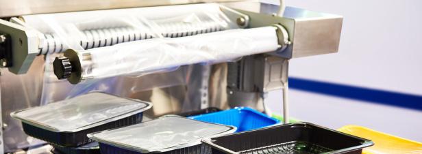 Emballages plastique: des industriels signent un pacte avec l'Etat et des ONG pour améliorer le recyclage