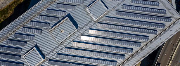 Autoconsommation, urbanisme, biogaz: les dernières retouches des sénateurs à la loi énergie climat