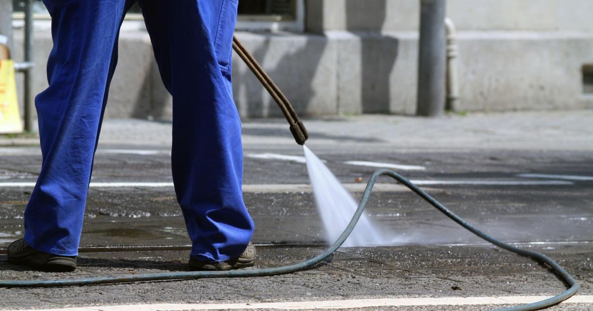 Coronavirus: deux avis attendus pour la désinfection des rues