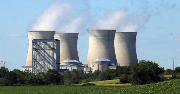 Nucléaire: la sûreté des réacteurs prolongés au-delà de 40 ans ne sera pas au niveau promis, selon Greenpeace