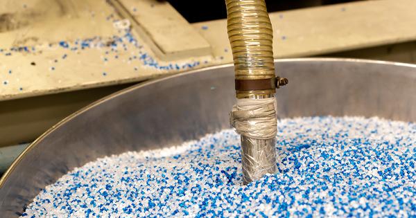 Plastique: le dispositif de prévention des pertes de granulés industriels est fixé