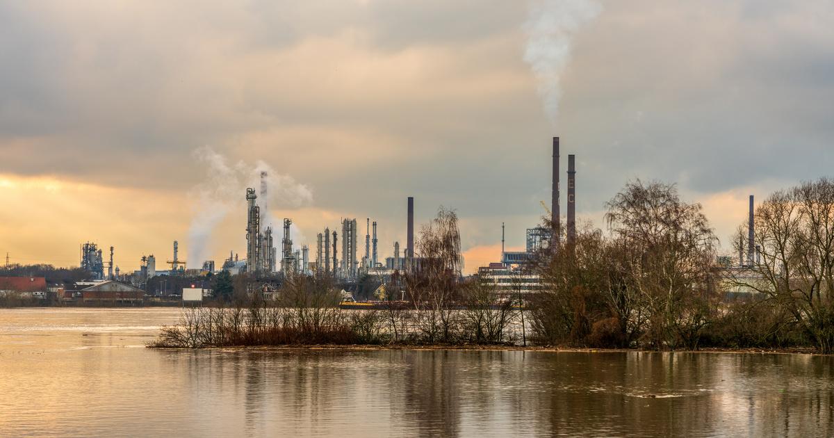 Les industriels confrontés à une augmentation des risques technologiques liés aux changements climatiques