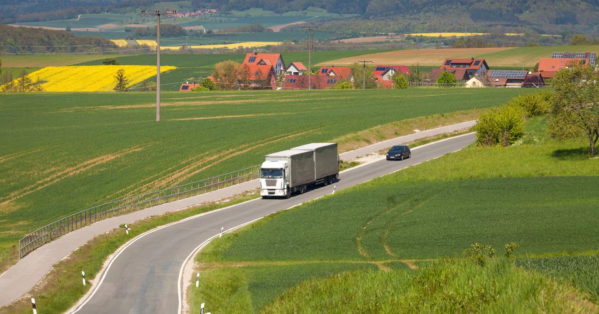 Poids-lourds: un rapport sénatorial propose la création de zones de réduction des nuisances