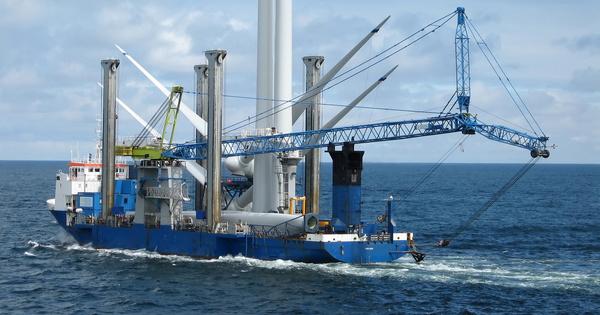 Éolien en mer: la construction des parcs lance la filière française