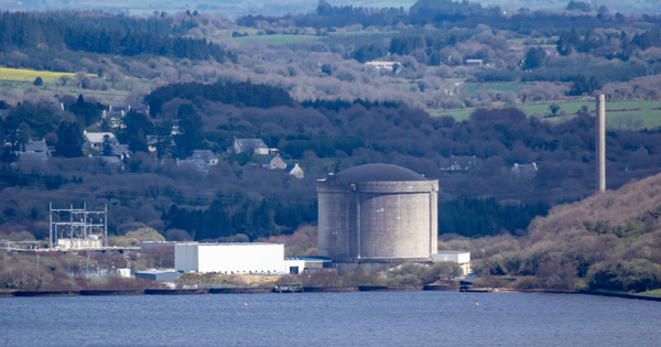 Réacteur de Brennilis: le devenir du site nucléaire après démantèlement interroge